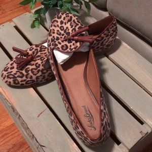 New in box Lucky Brand Leopard flats with tassels